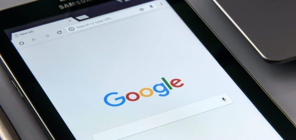 Image of Google on screen
